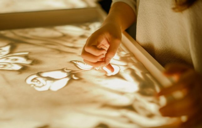 Рисования на песочном столе (SAND-ART)